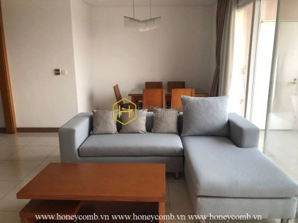 Airy and well-lit apartment with full amenities in Xi Riverview Palace