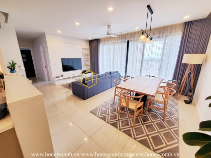 Relax with the quiet riverside view in this modern and luxurious apartment at The Estella Heights