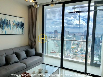 Look at this spacious 2 bedrooms-apartment in Vinhomes Golden River