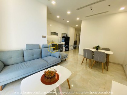 Get a fascination with this chic and charming Vinhomes Golden River apartment