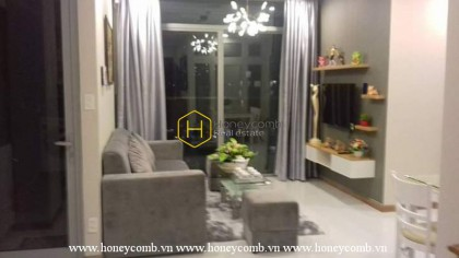 Located in Vinhomes Central Park  , this apartment has all the advantage of the area
