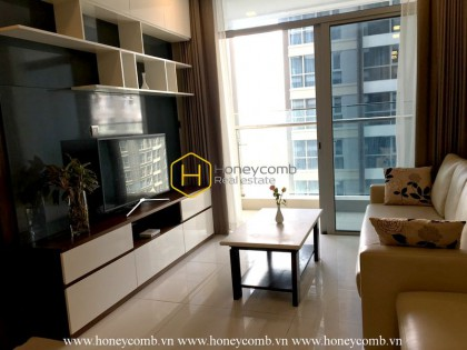 A grand urban apartment in Vinhomes Central Park is for rent