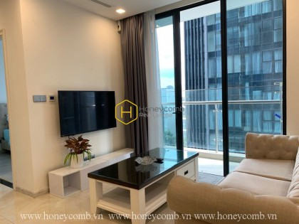 High class apartment with full amenities and spacious living space for rent in Vinhomes Golden River