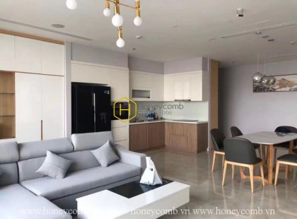 Airy and well-lit apartment with full amenities in Vinhomes Golden River