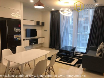 This is a desirable 2 bedrooms apartment in Vinhomes Golden River