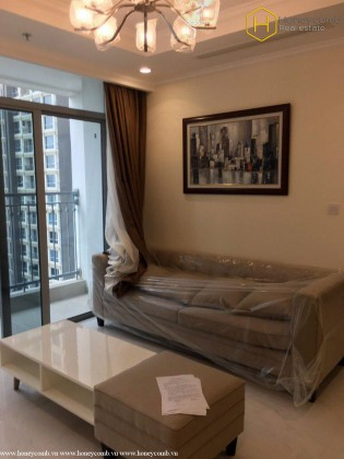 Modern style with 2 bedrooms apartment in Vinhomes Central Park for rent