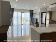 The smart and bright designed apartment in Palm Heights ! Best view! Best location!