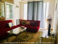 Shiny red tone with well-arranged apartment in Tropic Garden for lease