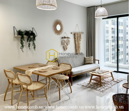 The rustic 2 bedroom-apartment with Sabby Chic style in Masteri An Phu