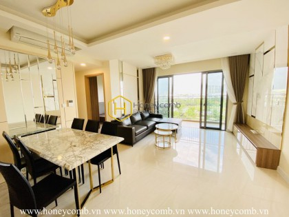 Impressive apartment built in a modern & stylish style in Palm Heights for rent