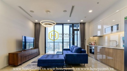 Great amenities! Great location! Modern apartment with panoramic river view in Vinhomes Golden River
