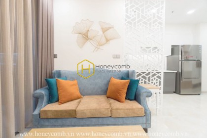 Feel the elegance of pure white in this gorgeous apartment for rent in Vinhomes Golden River