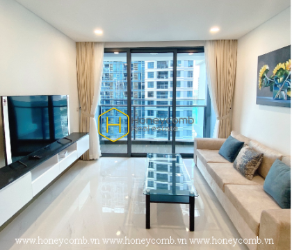 The apartment in Sunwah Pearl helps us understand what the ultimate architectural art is