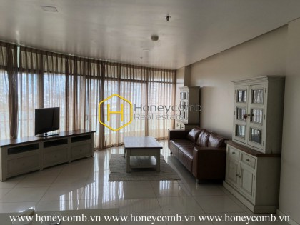 An airy and sophisticated apartment in City Garden is in front of you!