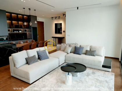 Sophistication and luxury is the keyword to express the beauty of this urban designed in D'Edge apartment