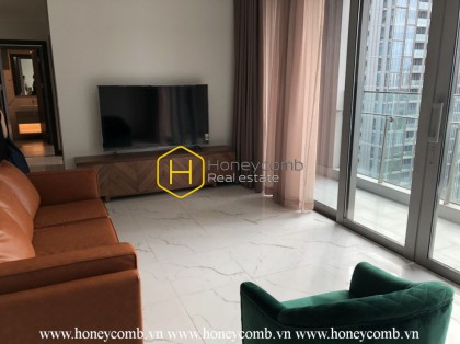 Feel the warmth and modernity in this stunning apartment in Empire City