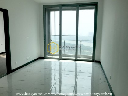 Unfurnished apartment with prestigous location is await for you in Empire City
