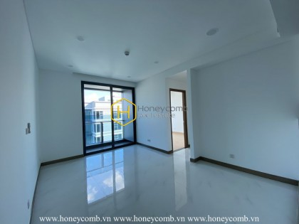 Such an amazing unfurnished apartment with full of sunshine at Sunwah Pearl