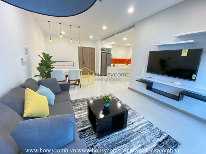 Charming warm fully-furnished Sunwah Pearl apartment with spacious and airy living space