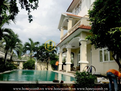 Sophistication is the key word to express the beauty of this urban designed villa at District 2