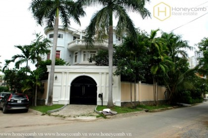 Villa Thao Dien unfurnished 5 bedrooms for rent