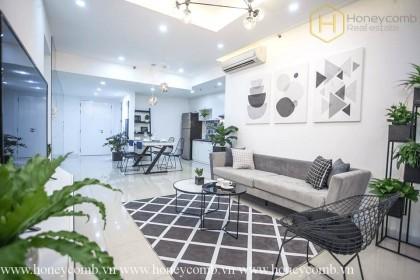 Luxury design 2 bedrooms apartment in Tropic Garden
