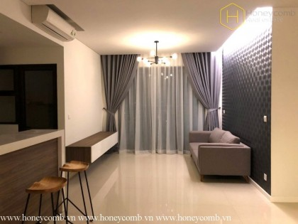 The Estella Heights 2 bedrooms apartment with pool view