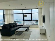 Awesome ! This is a colorful and modern 3 beds apartment in City Garden