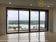 The unfurnished 3 bedrooms-apartment with nice view in Nassim