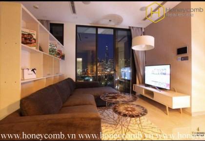 Căn hộ 2 phòng ngủ mang phong cách mộc mạc cho thuê tại Vinhomes Golden River