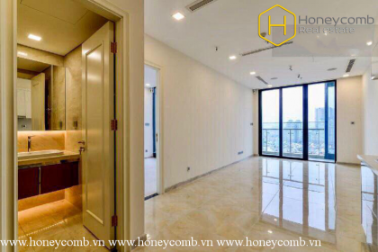 The unfurnished 2 bedrooms-apartment with nice view in Vinhomes Golden River