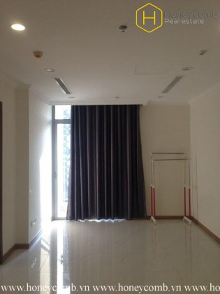 The unfurnished 1 bedroom-apartment for leasing in Vinhomes Central Park
