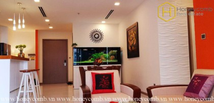 This 3 bedrooms-apartment is a combination of tradition and modernity in Vinhomes Central Park