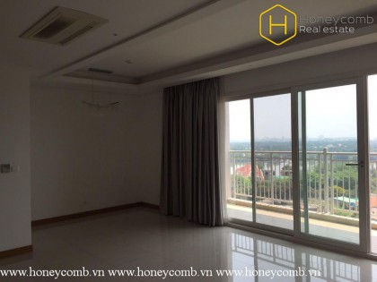 The unfurnished 3 bedrooms-apartment for leasing in Xi Riverview Palace