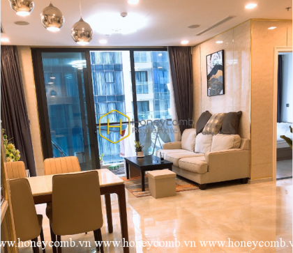 What the wonderful 2 bedrooms apartment in Vinhomes Golden River !