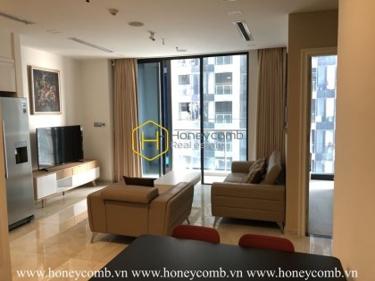Take your opportunity to live in this high-end apartment in Vinhomes Golden River