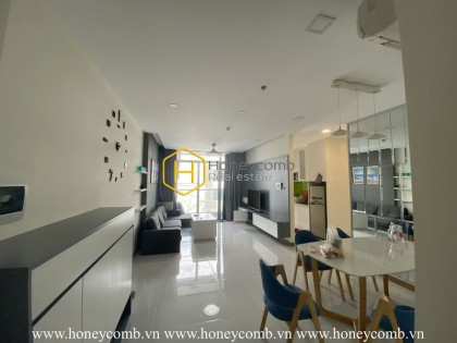 An impressively designed apartment and airy view for rent in Vinhomes Central Park