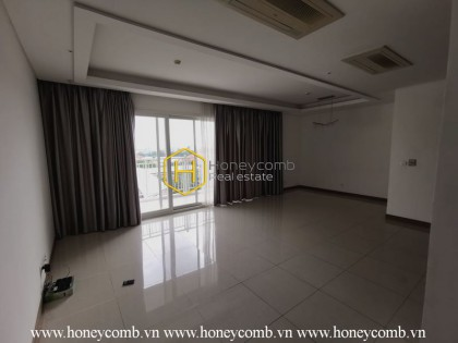 Spacious living space with airy river view - Xi Riverview Palace apartment for lease