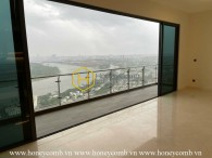Design your own dream home in this unfurnished apartment at Q2 Thao Dien