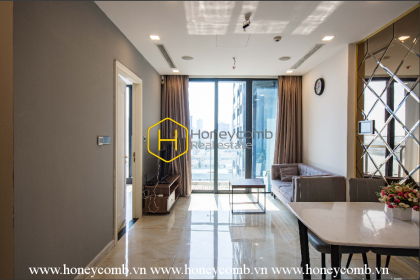 A gorgeous view in Vinhomes Golden River apartment will catch your eyes