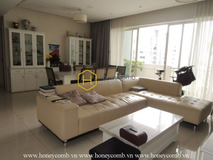 Friendly designed 3 bedrooms apartment in The Estella for rent