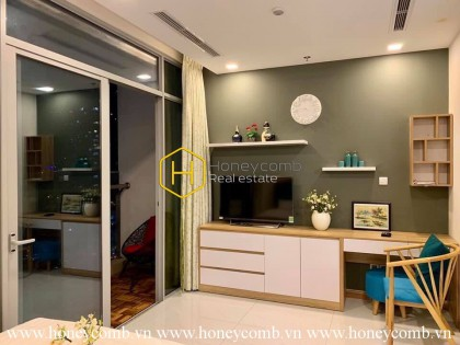 The perfection definition of elegance: Vinhomes Central Park apartment for rent