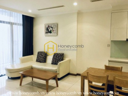 Welcoming living space with this minimalist apartment for rent in Vinhomes Central Park