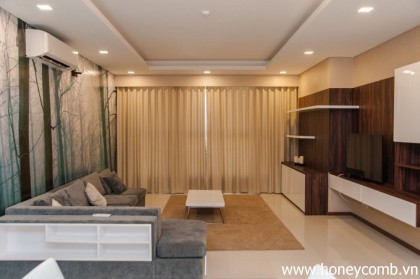Wonderful 3 bedrooms apartment in Thao Dien Pearl for rent