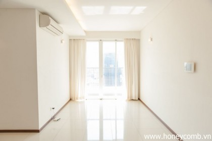 Simple 2 beds apartment  for rent in Thao Dien Pearl