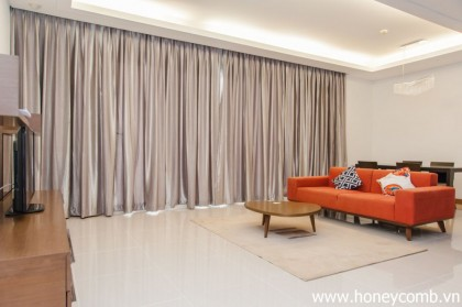 Wooden and simple furniture Xi Riverview  apartment for rent