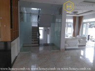 The 5 bedrooms-villa is very convenient at District 2
