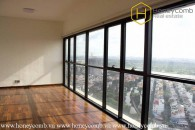 Look at this unfurnished 2 bedroom-apartment with extraordinary view from The Ascent !