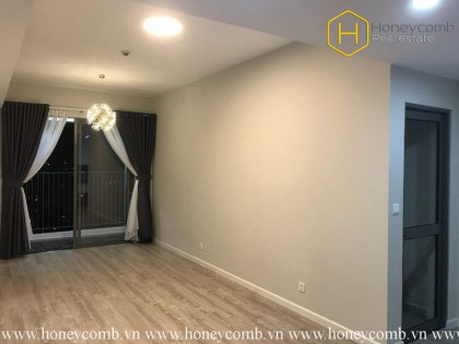 The unfurnished 2 bedrooms-apartment looks rustic in Masteri An Phu