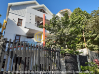 Feel the tranquilty: Spacious Space, High End class interiors in Villa for rent in District 2